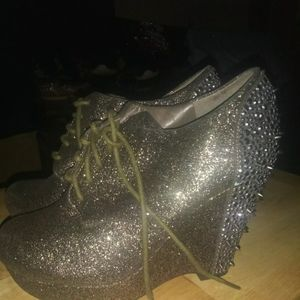 Shoes - Gianni bini sparkle shoes wedge. Size 6.5 brand ne
